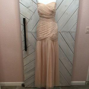 Vera Wang White Strapless Bobbin Net Gown